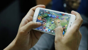 Video and mobile games boost Smart's data usage and revenues – Iloilo Updates